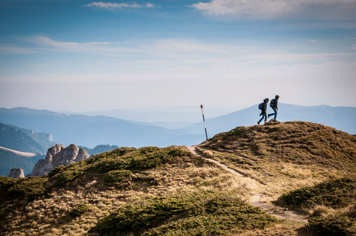 boss-fight-free-stock-images-photography-photos-high-resolution-mountain-climbers.jpg